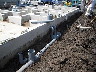屋外部配水管敷設.jpg