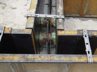 立上り型枠―排水管スリーブ.jpg